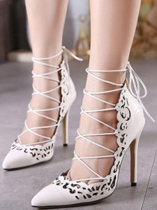lace up pumps 1