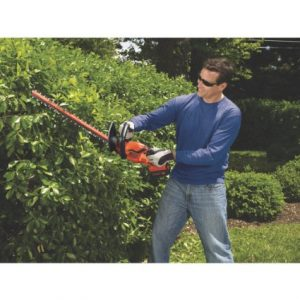 BLACK & DECKER LHT2436 24-Inch 40-Volt Cordless Hedge Trimmer